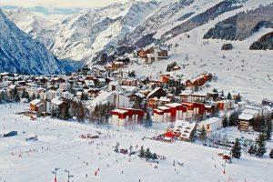 Le charme d'une station de ski en Haute-Savoie